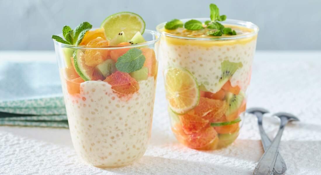 Tapioca au lait de coco, orange, abricot, kiwi et citron vert