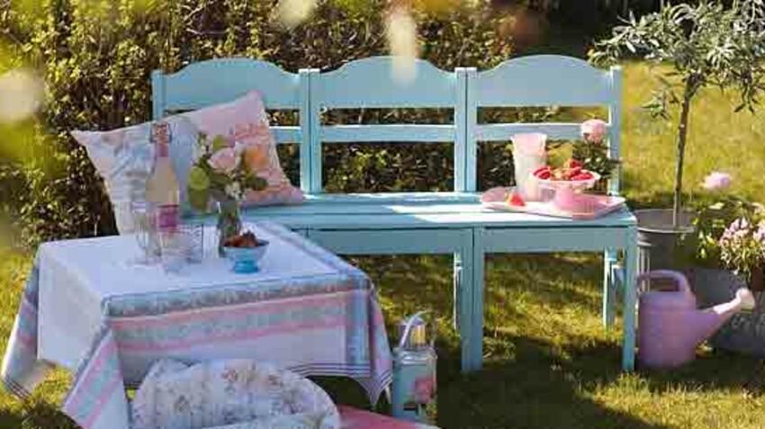 Bricolage, récup : comment fabriquer un banc de jardin avec 3 chaises