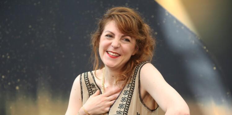 """Anne-Elisabeth Blateau (Scènes de ménages) : poursuivie pour """"violences et outrages"""", elle présente ses excuses"""