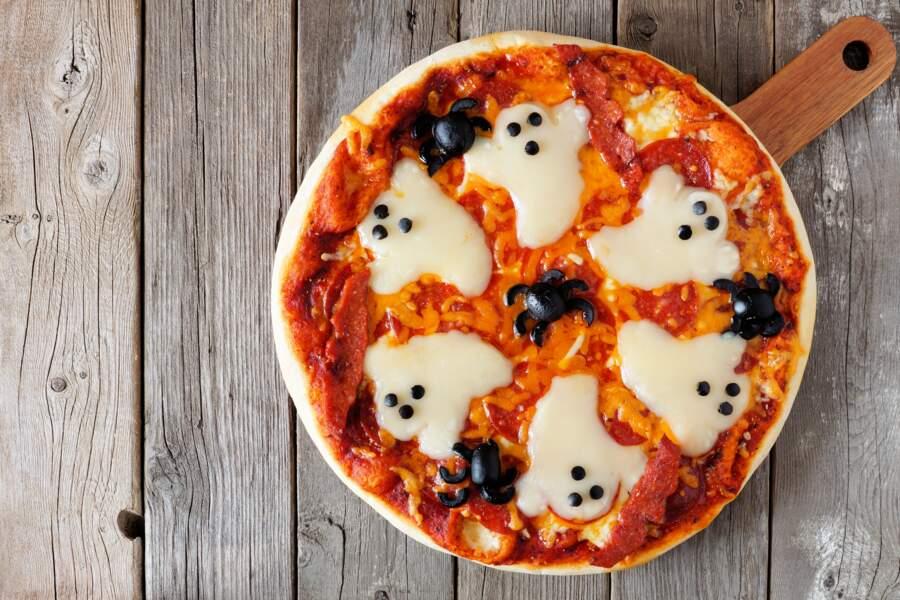 Pizza fantôme pour Halloween