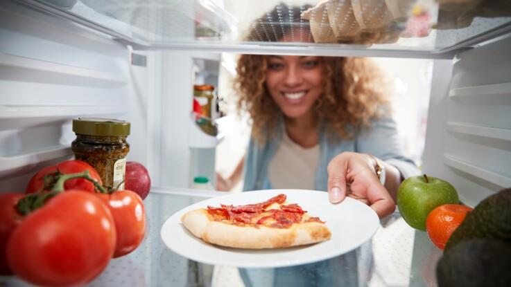 Peut-on mettre un plat chaud au réfrigérateur ?