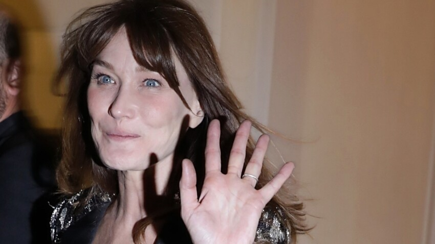 Photos - Carla Bruni porte le costume d'homme comme personne (on copie son look tendance !?)