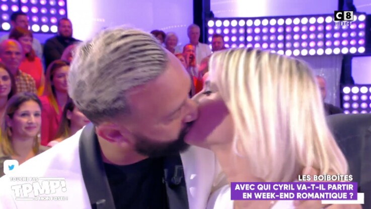 Cyril Hanouna embrasse sa chroniqueuse Kelly Vedovelli sur la bouche