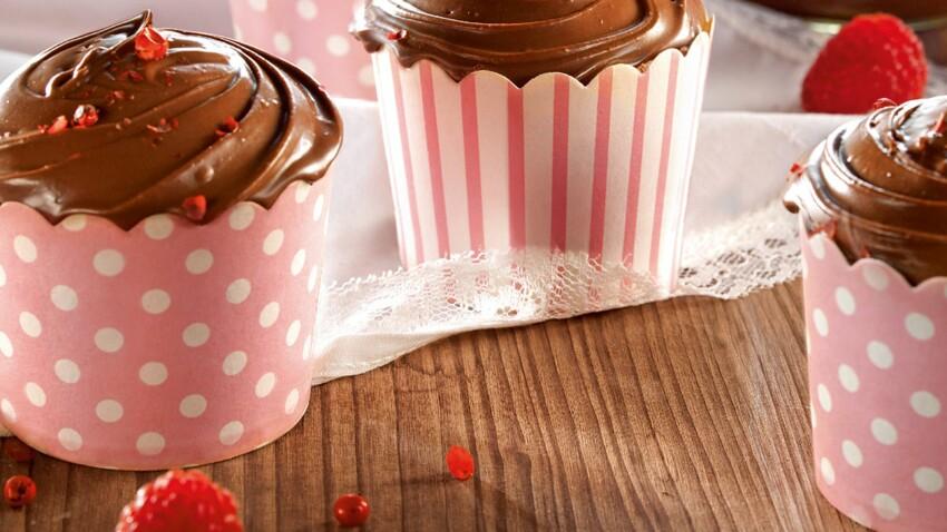 Cupcake pâte à tartiner et cœur de framboise