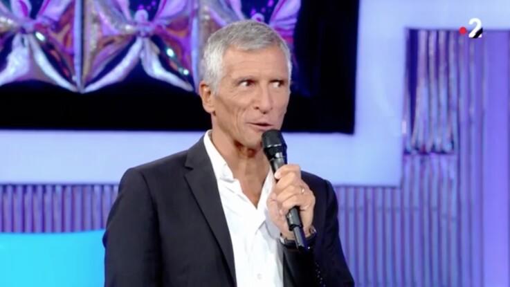 """Vidéo - """"N'oubliez pas les paroles"""" : Nagui répond aux rumeurs de triche dans l'émission"""