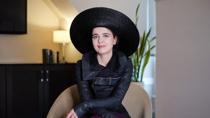 """Amélie Nothomb: """"Les femmes subissent des attaques minables"""""""