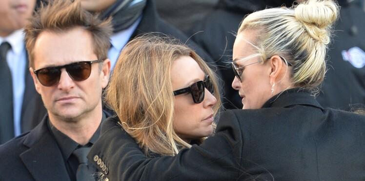 Johnny Hallyday : Laura Smet obtient la suspension de l'exhumation de son père voulue par Laeticia Hallyday