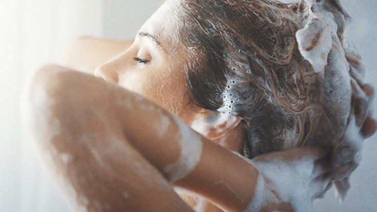 30, 40, 50 ans : quel shampooing choisir selon son âge ?