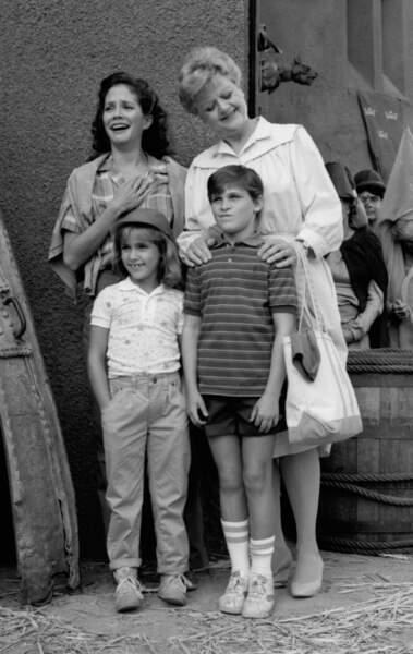 Joaquin Phoenix âgé de 10 ans, entouré de sa famille