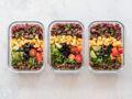 Alimentation équilibrée : les alternatives plus saines pour remplacer nos produits préférés