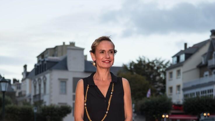 """Sandrine Bonnaire victime de violences conjugales : cet """"amour toxique"""" qui lui a porté des coups"""