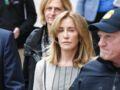 """Felicity Huffman : la star de """"Desperate Housewives"""" photographiée pour la première fois en prison"""