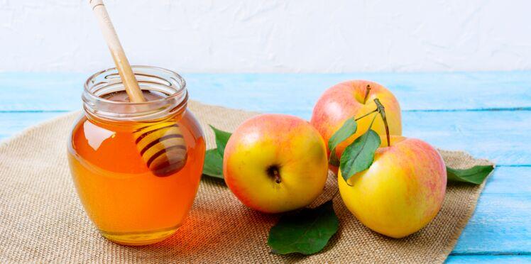Pommes pochées au rhum
