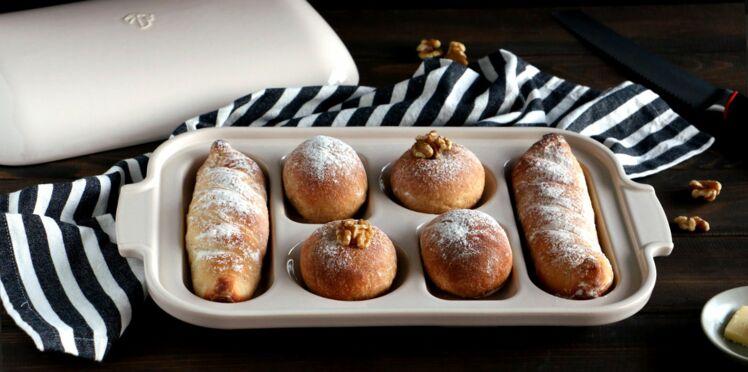 Assortiment de mini baguettes et petits pains