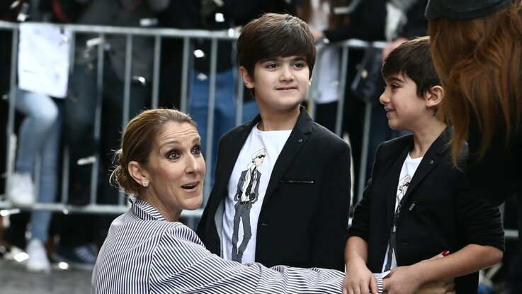 """Céline Dion : """"Mes garçons voulaient essayer mon maquillage, je ne les ai pas empêchés. C'est quoi le problème ?"""""""