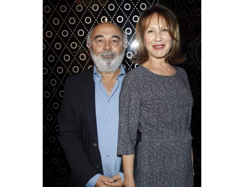 2011 : à 63 ans, elle pose avec Gérard Jugnot