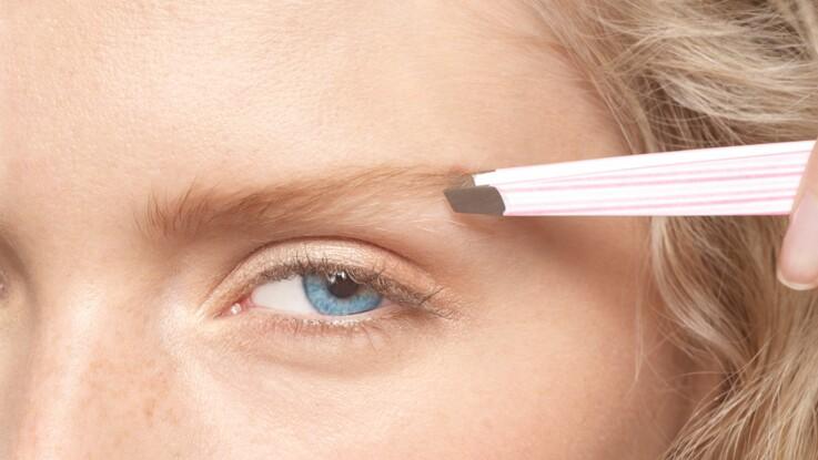 Pourquoi nous arrive-t-il d'éternuer quand on s'épile les sourcils ?