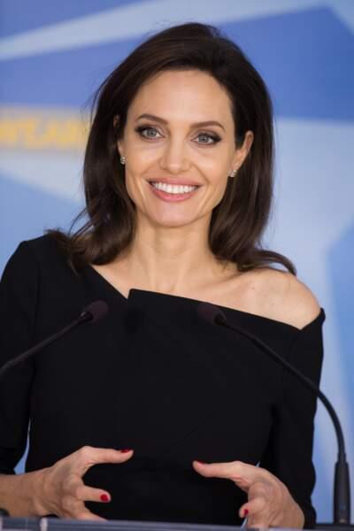 Angelina Jolie ressemble à...