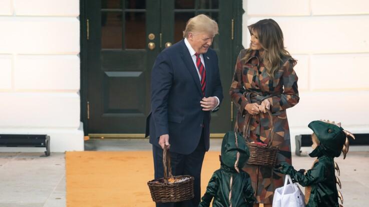 Donald et Melania Trump cruels avec un enfant ? Leur façon de distribuer des bonbons pour Halloween fait polémique