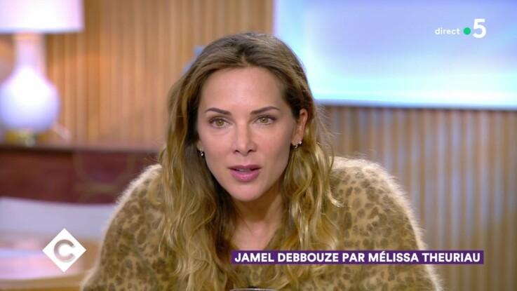 """Vidéo - Mélissa Theuriau déclare sa flamme à Jamel Debbouze dans """"C à vous"""" : """"C'est ça qui me fait l'aimer infiniment"""""""