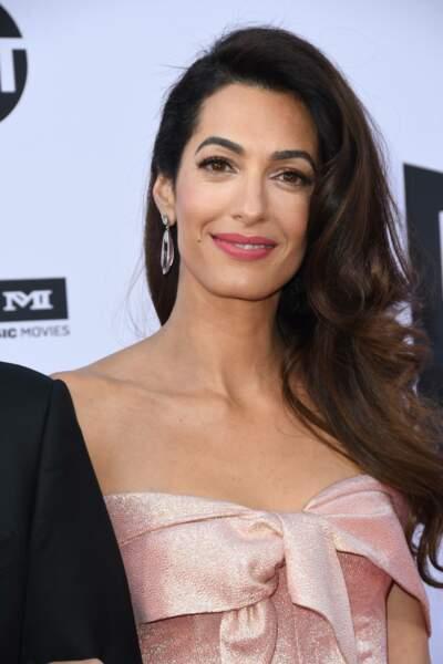 Amal Clooney ressemble à...