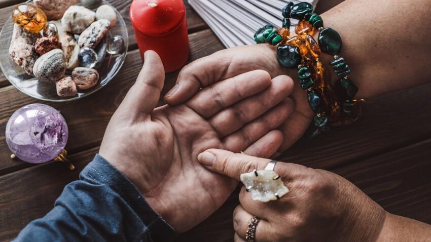 Chance, coeur, vie : découvrez la signification des lignes de la main avec la chiromancie
