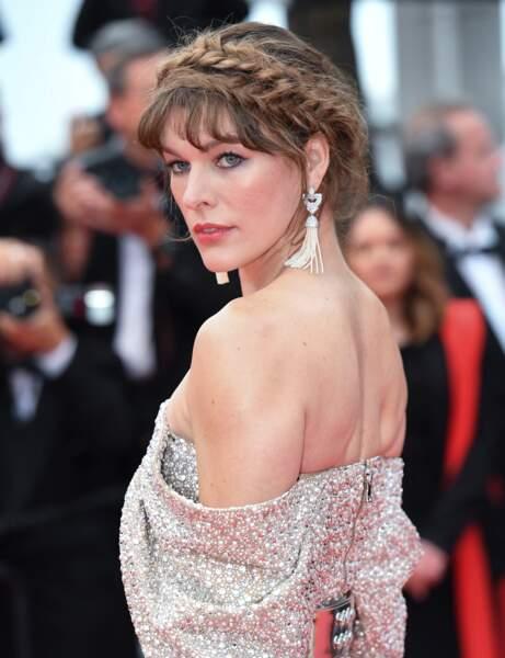 La double couronne tressée de Milla Jovovich