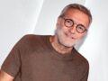 Pourquoi Laurent Ruquier a-t-il le bras dans le plâtre ? Il raconte
