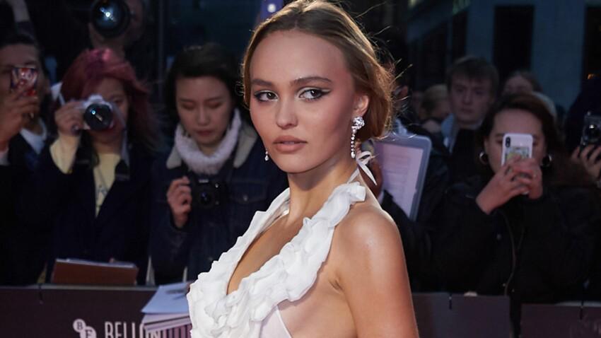 Lily-Rose Depp : béret et cuissardes, elle est irrésistible en titi parisien