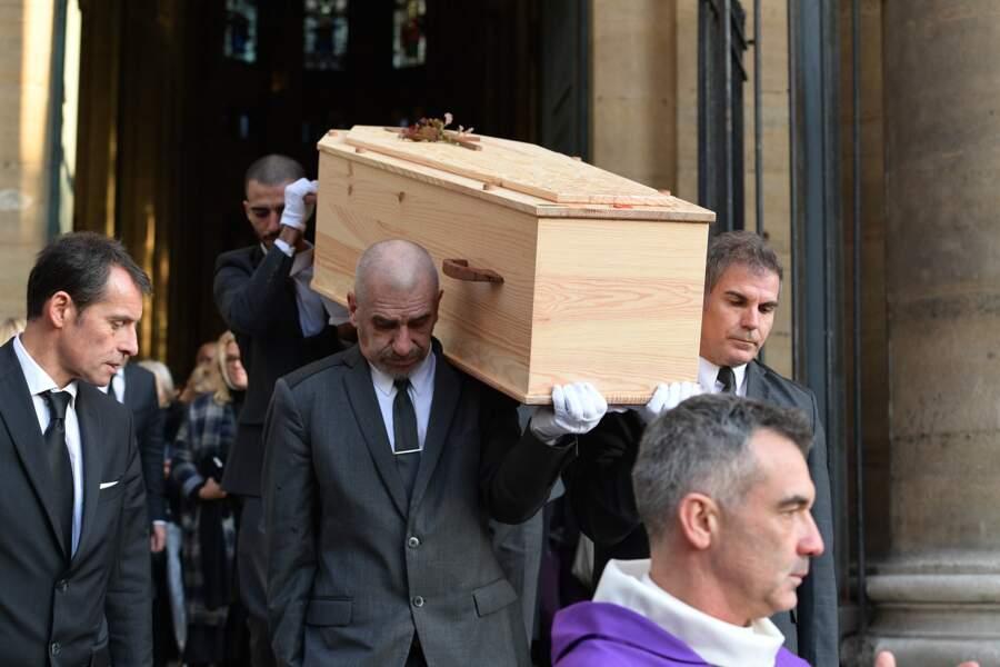 En plus de la famille, de nombreuses personnalités sont venues assister aux obsèques de Marie Laforêt en l'église Saint-Eustache, à Paris, le 7 novembre 2019.