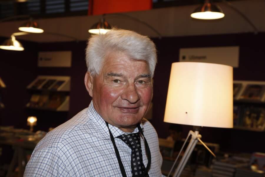 Raymond Poulidor au Salon du Livre en 2008.