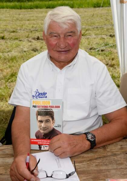 """Raymond Poulidor à la 19ème édition de """"La Forêt des livres"""" à Chanceaux-près-Loches, le 31 août 2014."""