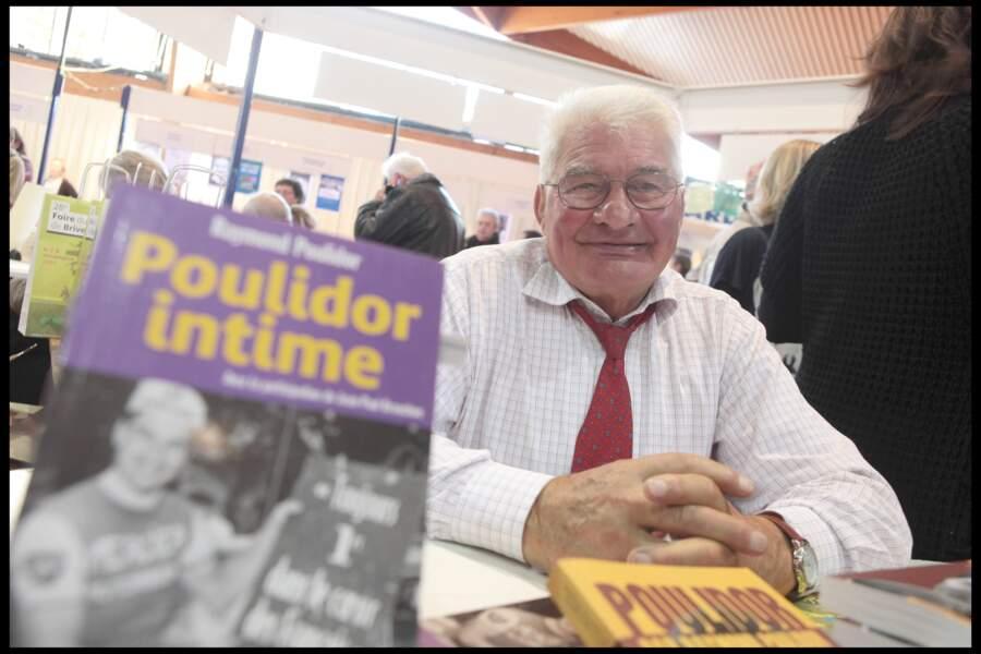Raymond Poulidor à la Foire du Livre de Brive-la-Gaillarde en 2009.