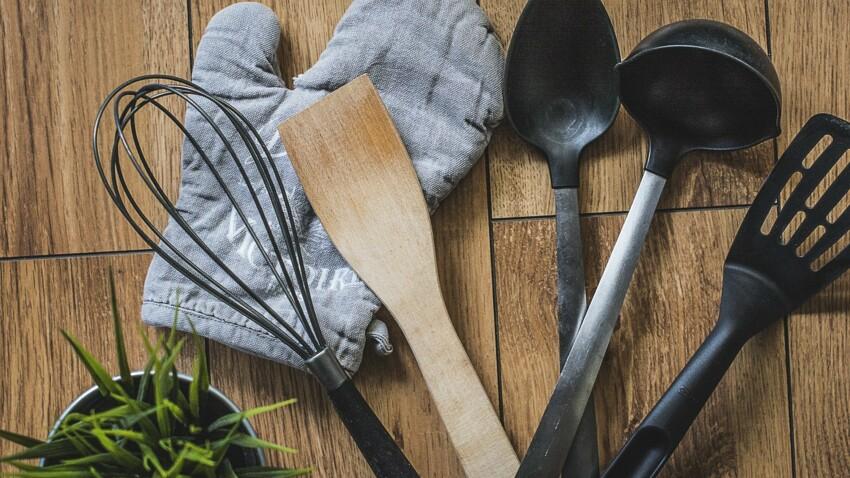 Cuisine : pourquoi il faut impérativement se méfier des ustensiles en plastique