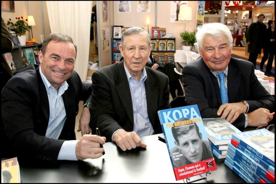 Bernard Hinault, Raymond Kopa et Raymond Poulidor au Salon du Livre de Paris en 2007.