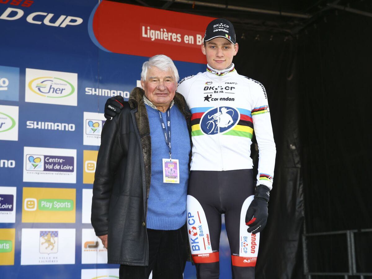 Photos Mort De Raymond Poulidor Qui Sont Mathieu Et David Van Der Poel Les Petits Fils De L Ancien Champion Cycliste Femme Actuelle Le Mag
