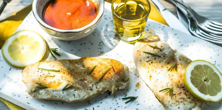 Escalope de poulet marinée au citron et romarin à l'huile d'olive d'Aix-en-Provence AOP