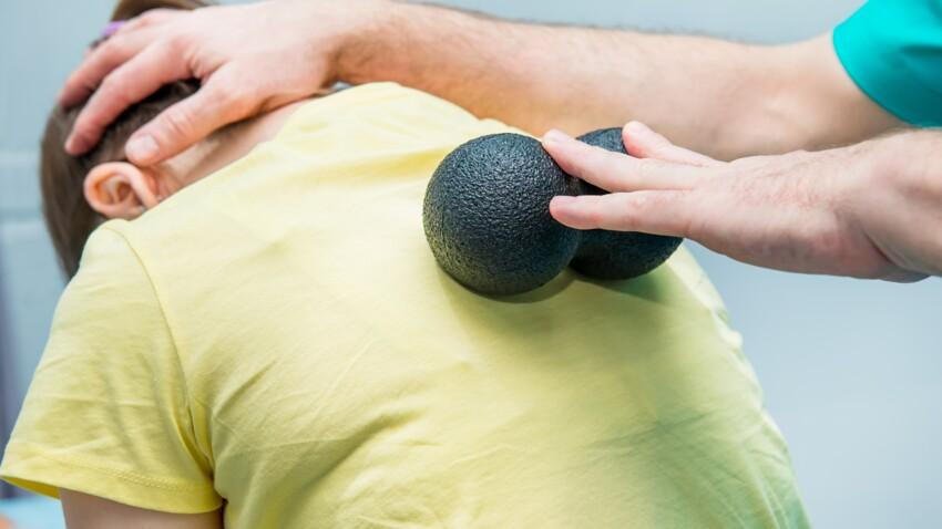Balle de massage, coussin lombaire… Ces méthodes sont-elles efficaces contre le mal de dos ?