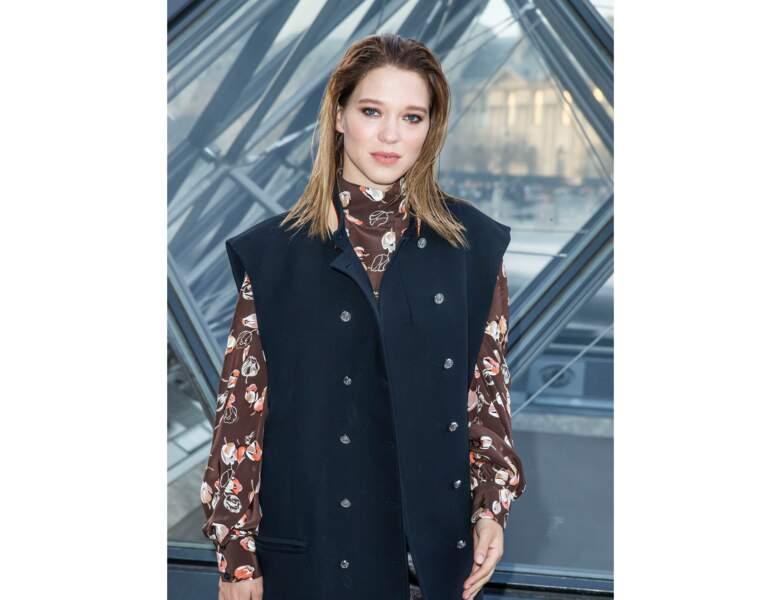 2019 : elle apparaît à la Fashion Week de Paris