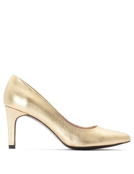 Tendance métallisée : les escarpins dorés