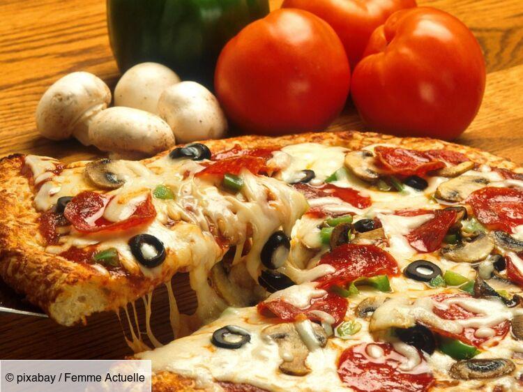 Comment Faire Une Pizza Maison Parfaite Femme Actuelle Le Mag