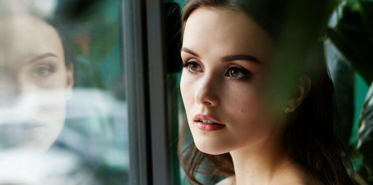 Stress menstruel : cause et conséquence des douleurs de règles et des SPM ?