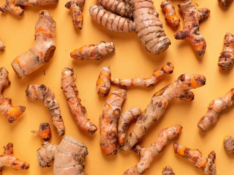 Le curcuma et le gingembre : pour limiter l'inflammation