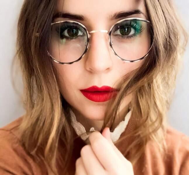 Les lunettes avec un mi-long dégradé