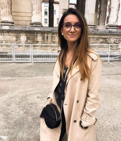 Les lunettes avec une coupe longue méchée