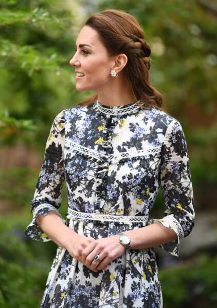 La demi-queue tressée de Kate Middleton