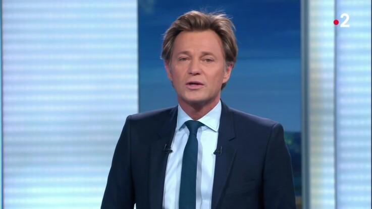 Vidéo - Laurent Delahousse annonce avec émotion la mort d'un journaliste de France 2