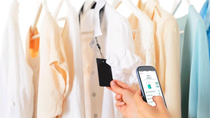 Clear Fashion : l'appli qui décrypte vos vêtements. Vers une mode plus responsable ? Nous avons testé pour vous !