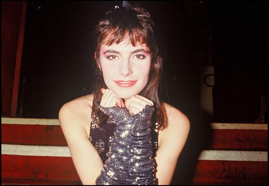 Lio avec une frange courte en 1986
