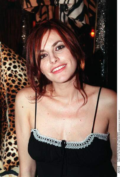 Lio avec un brun cuivré en 1999